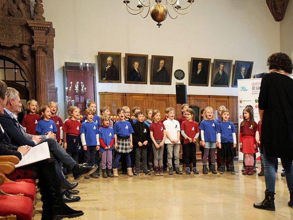 Ein Kinderchor der Lessing-Grundschule stimmt im Alten Rathaus auf das Deutsche Chorfest 2020 ein, Foto: Sarah Stollberg