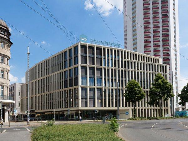 LWB Unternehmenszentrale in der Wintergartenstraße, Foto: Peter Usbeck