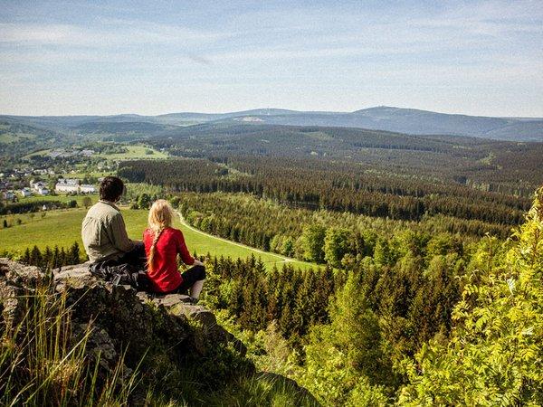 Kammweg Erzgebirge Vogtland - Ausblick vom Bärenstein, Foto: Tourismusverband Erzgebirge e.V. / René Gaens