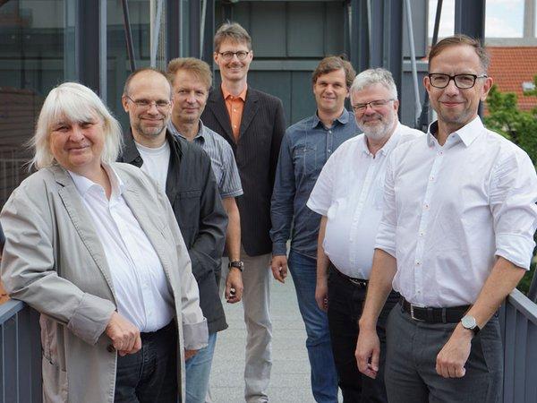 Sieben der neun Gründungsmitglieder, Foto: HTWK Leipzig