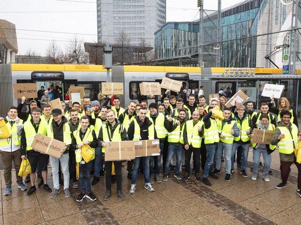 Azubi-Aktion: Deutschlands beste Ausbildungsbetriebe, Foto: Leipziger Gruppe