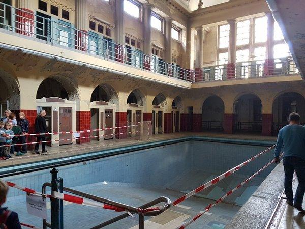 Historisches Stadtbad Leipzig: Frauenschwimmbecken (unsaniert)
