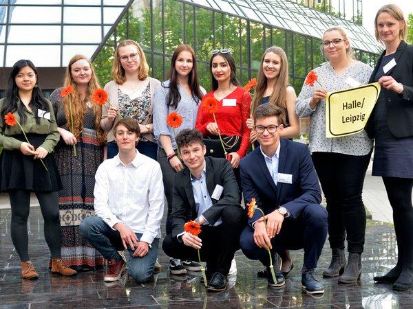 Absolventinnen und Absolventen aus Halle und Leipzig, Foto: Studienkompass