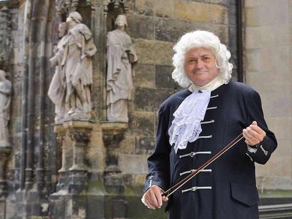 Thomas Zemmrich als Bach vor der Thomaskirche, Foto: Leipzig Erleben GmbH
