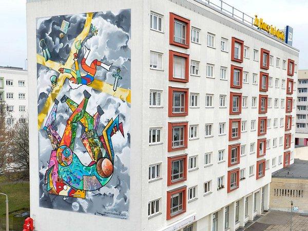 Giebelgestaltung Riemannstraße 8-10