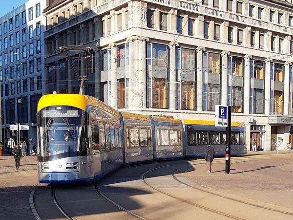 Straßenbahn am Augustusplatz Leipzig, Foto: Ökolöwe