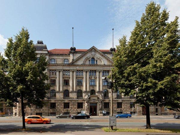 Hochschule für Musik und Theater Leipzig: Gebäude Dittrichring 21, Foto: Jörg Singer