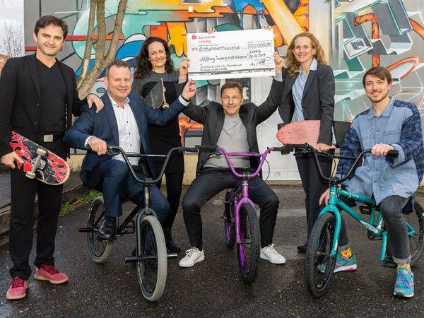 100.000 Euro für die Stiftung: Leipzig hilft Kindern, Foto: Porsche AG - Leipzig