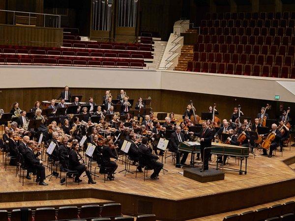 Das Leipziger Lehrerorchester unter Leitung von Gerd-Eckehard Meißner, Foto: Ilja Claus