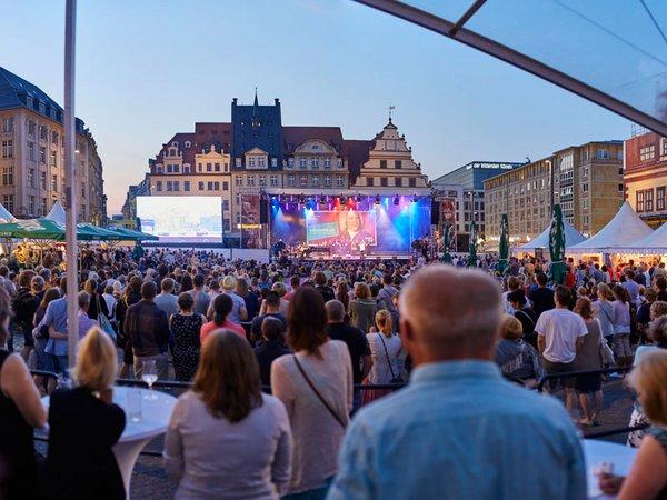 BachStage auf dem Leipziger Markt, Foto: Bachfest Leipzig / malzkornfoto.de