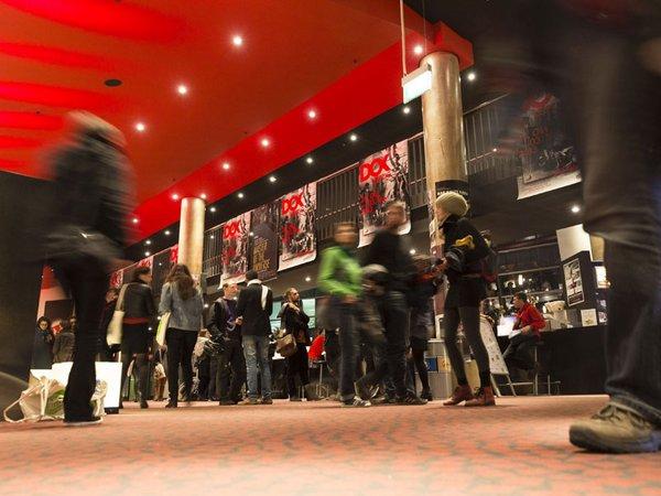 Foyer CineStar beim DOK Leipzig