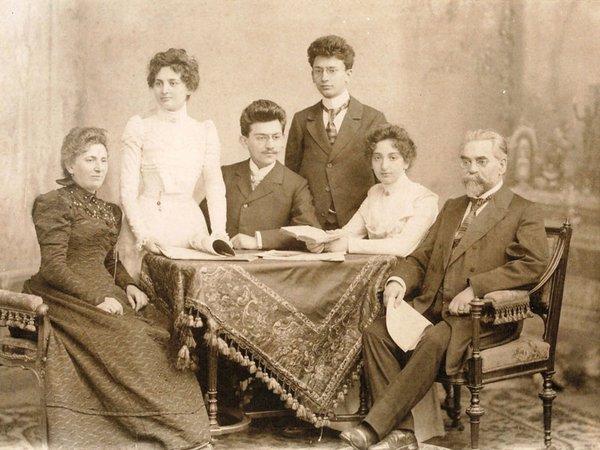 Familie Moritz Chamizer, Foto, 1899, Foto: privat