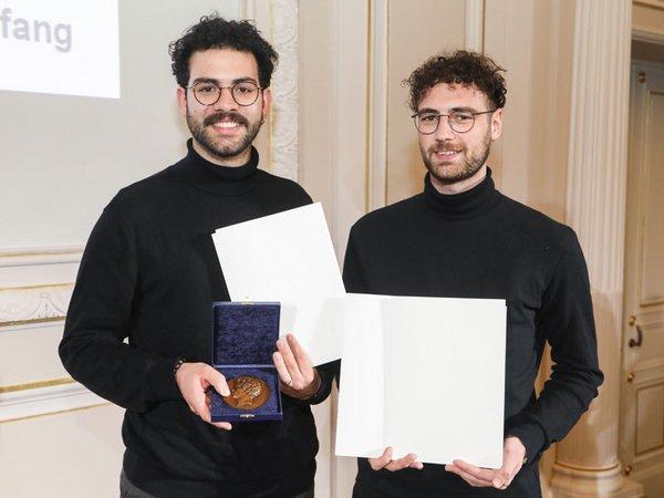 David Kerrom und Luca Mathias Hupfer, Preisträger des AIV-Schinkel-Wettbewerbs 2019, Foto: Sebastian Semmer / AIV