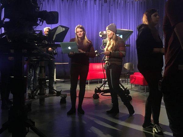 Vorbereitungen im HTWK-eigenen Fernsehstudio, Foto: HTWK Leipzig