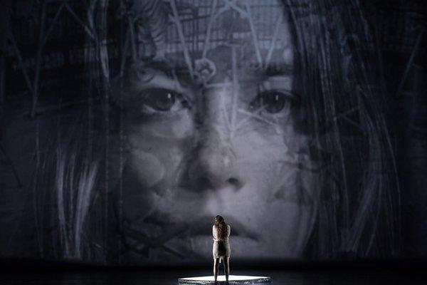 """Szene von """"Lulu"""" an der Oper Leipzig (Premiere 16.6.18)"""