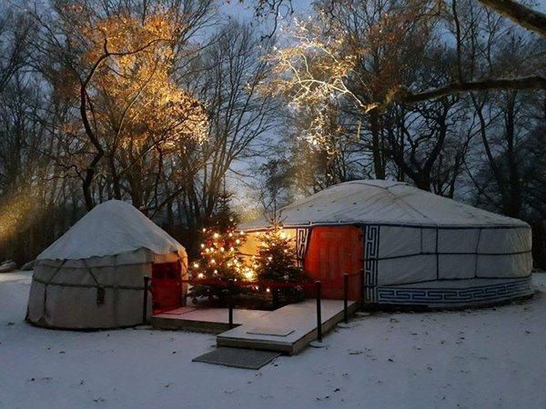 Weihnachtsjurte des Schauspiel Leipzig, Foto: Zoo Leipzig